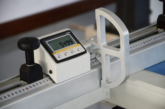 WINTER piła formatowa A 45 - 3200 CNC DELUXE